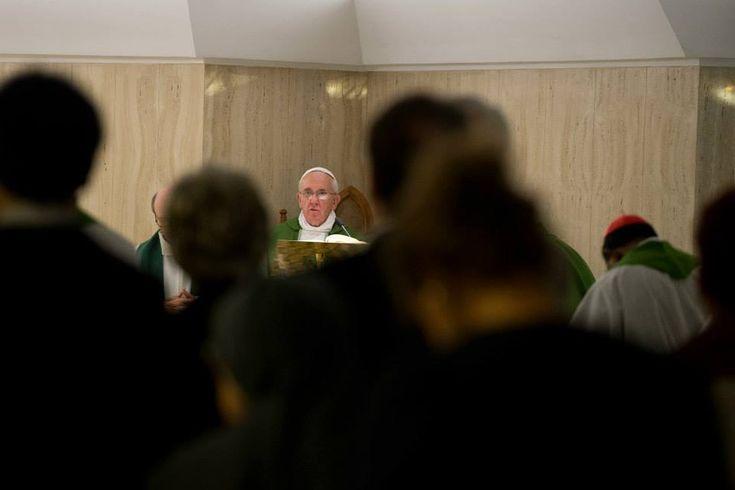 """""""Il rischio di essere cristiani senza Risurrezione"""" nelle parole dell'Omelia del Papa a Santa Marta"""