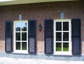 Referenties en voorbeelden van vensterluiken, luiken of slagvensters