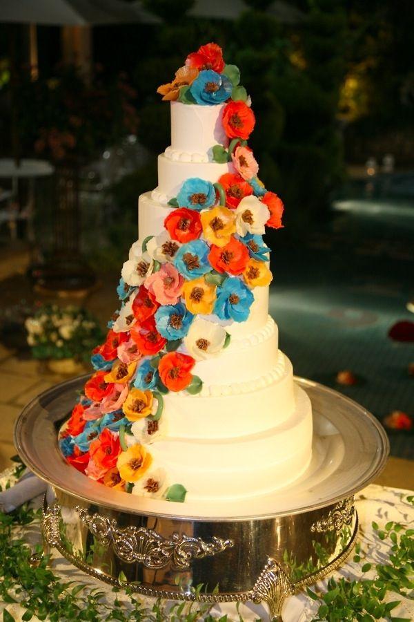 ウェディングケーキです