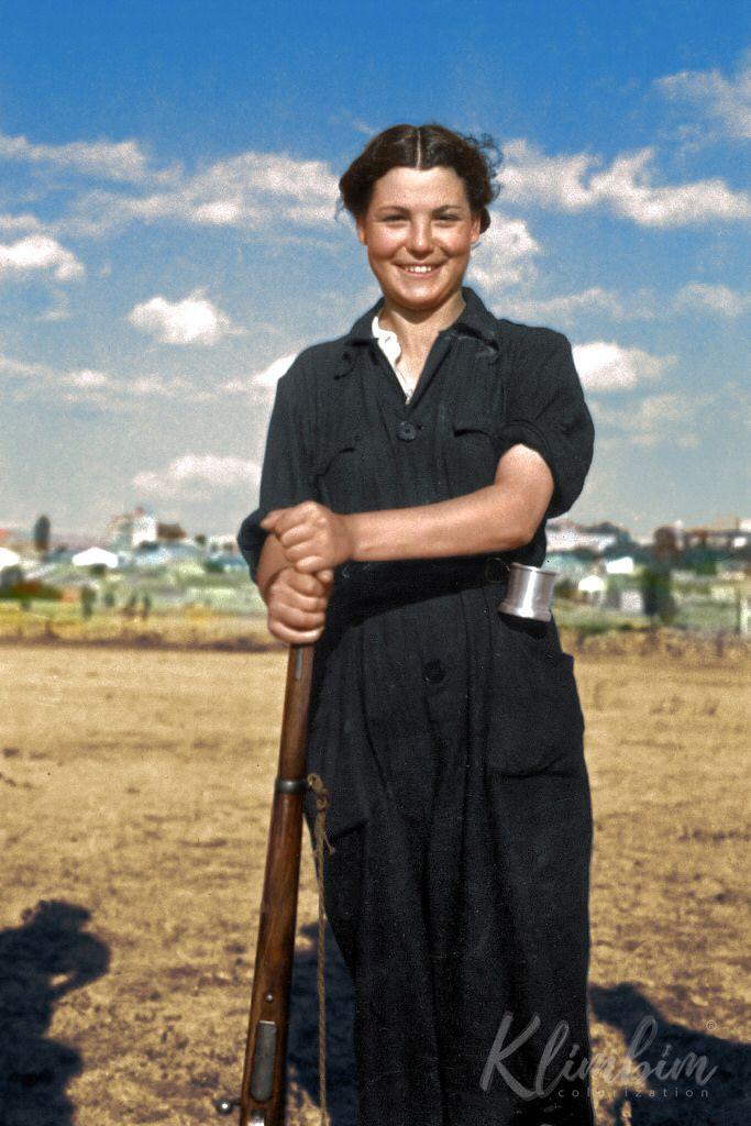 Republican soldier, 1936   Гражданская война в Испании 1936