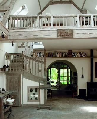 18 Urban Small Studio Apartment Design Ideas With Loft Pretty Much The Dan Reed Dream Defined Interior Spaces Lots Of Window