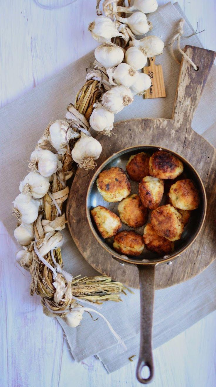 Asia White Kitchen: Pulpeciki z indyka w sosie koperkowym