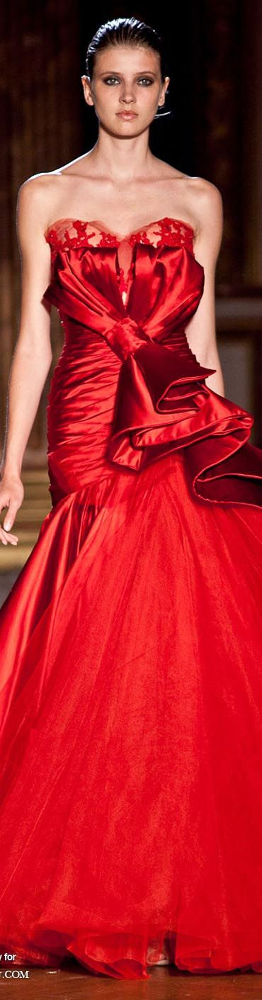 Zuhair Murad, this is just beautiful...I would have loved to have it to wear, when I was younger....I had one thing on the other girls, My Mother could sew anything...You just had ti show her the picture....She made all my clothes, and I was the best dressed girl in school....But not in the click...Too bashful...