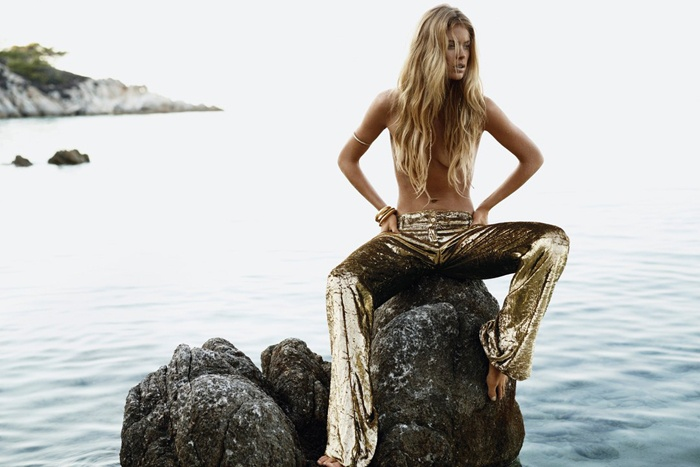 A mermaid can't be too far away from water - Vogue UK January 2013 - #Doutzen