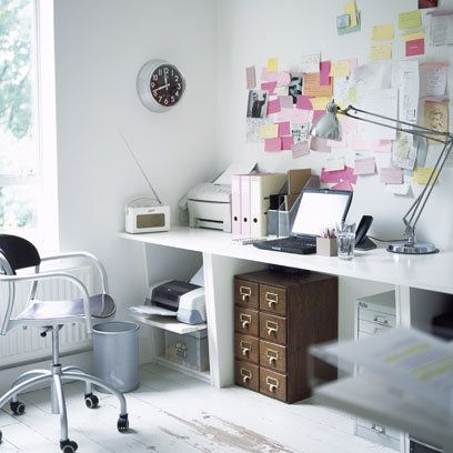 Post-its on wall: All White Office: Interiors