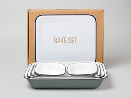 Falcon Enamelware - Bake Set in Pigeon!