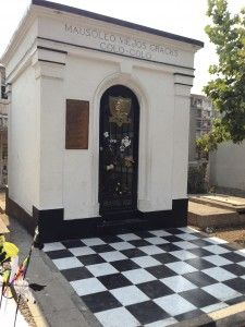A very Chilean mausoleum, for beloved Colo-Colo players of the past. Cementerio General