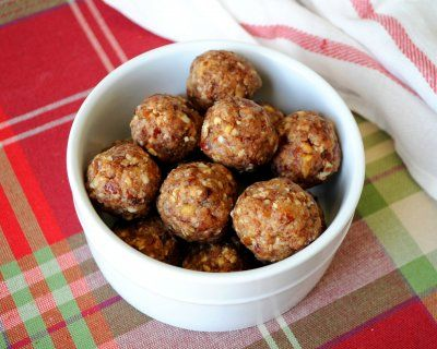 Almond Butter Snack Balls by Hungry Healthy Girl