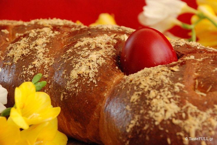 τα τσουρεκια αποκαλυπτουν τα μυστικα τους --- http://www.tastefull.gr/recipe/tsoureki-mamas-mou-pio-trifero