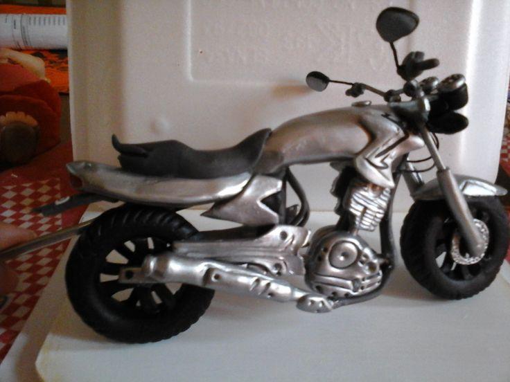 Moto Honda mod 250 para aniversario de bodas