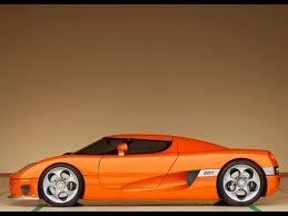 Beau A Side View Of An Orange Koenigsegg CCR.