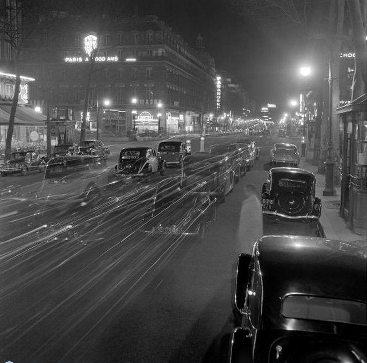 Boulevard, Paris, 1950 by Cas Oorthuys