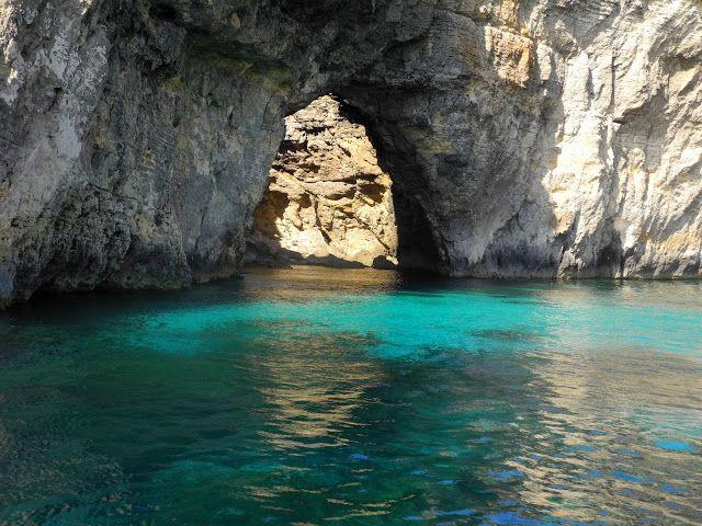 Les #grottes de #comino #malte