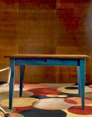 Shaker Table in Hardwood goes perfect in a living room or hallway area.  Add some custom drawers for storage and some vases for flair! #Handcraftedfurniture
