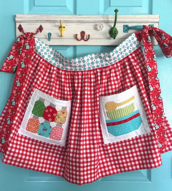 Bee In My Bonnet: Farm Girl Friday Week Three - and a Farm Girl Apron Pockets Tutorial!!!