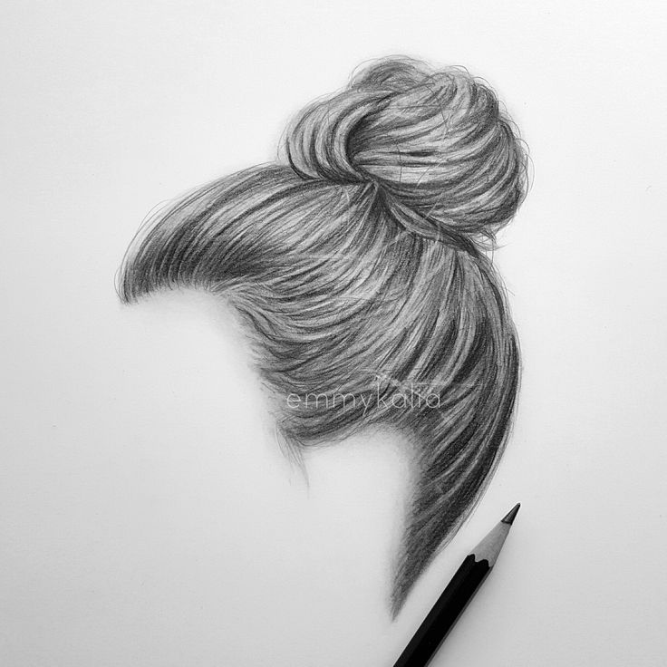 Drawing and shading a realistic hair bun with graphite pencils
