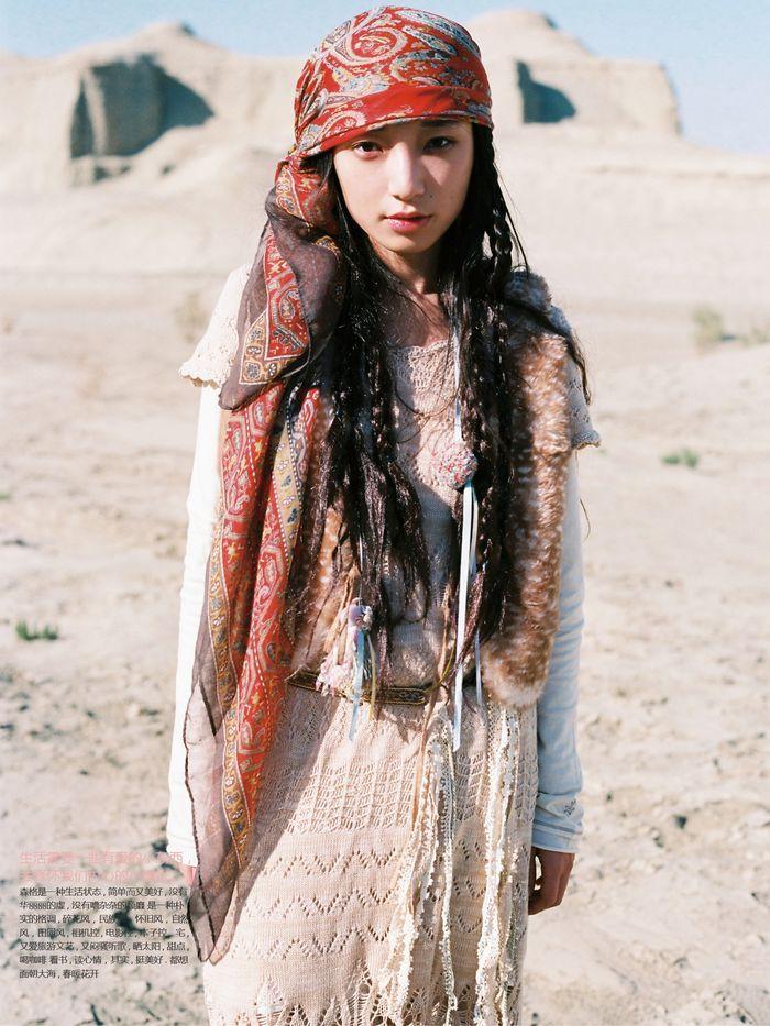 Gypsy teen yolanda, nude females in barn