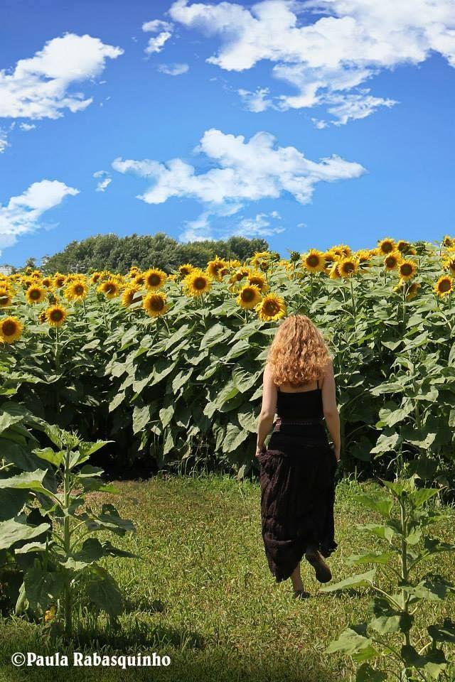 Model: Leah West I'm walking on sun shine! Photography: Paula Rabasquinho www.leahwest.com/  #sunflowers #flowers