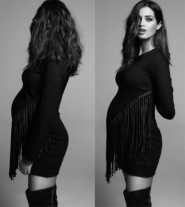 Sara carbonero pregnant stylish moms pinterest mommy style mom and scary - Sara carbonero ropa vogue ...