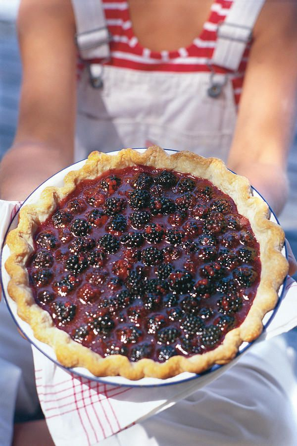 Fresh Blackberry Pie - Fresh Blackberry Dessert Recipes - Southernliving. No summer celebration would be complete with out the rich, sweet taste of Fresh Blackberry Pie. Though this pie should be assembled and served the same day, you can get a head start by combining the berries and sugar and chilling them the night before.  Recipe:Fresh Blackberry Pie