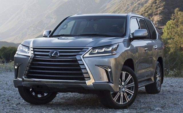 The 2017 Lexus LX 570 is a current SUV with numerous unmistakable redesigns when contrasted with existing item. These redesigns have concentrated