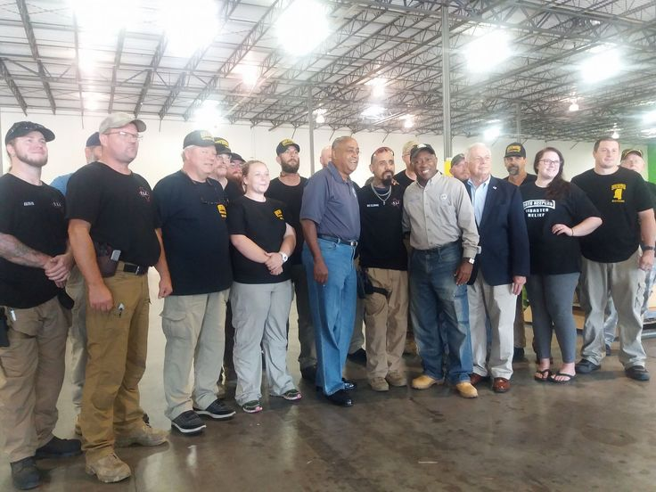 Sylvester Turner, Mayor of Houston, Texas, thanks Oath Keepers for their hard work and dedication. As he departed, the Mayor's security detail requested Oath Keepers assistance on the perimeter of