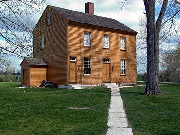 Shaker Village Of Pleasant Hill Harrodsburg Kentucky Looks Like Pumpkin Paint Rustic Housesshaker Stylephotography