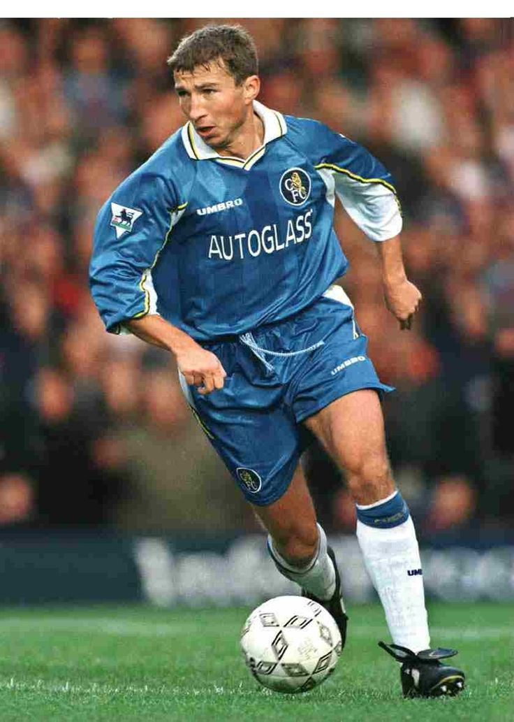 Dan Petrescu (Sub),,Was it me or did hes kit always look too big on him...