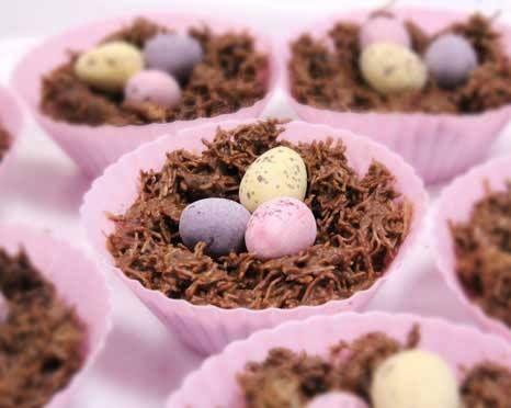 Nidi di Pasqua di @Le Creuset UK  Mini stampi in silicone colore rosa. @Le Creuset Italia #food #Pasqua2014 #cioccolato #rosa #dolci