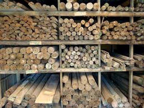 Twitter @juangangel La madera es un material ortótropo, con distinta elasticidad según la dirección de deformación, encontrado como principal contenido del t...