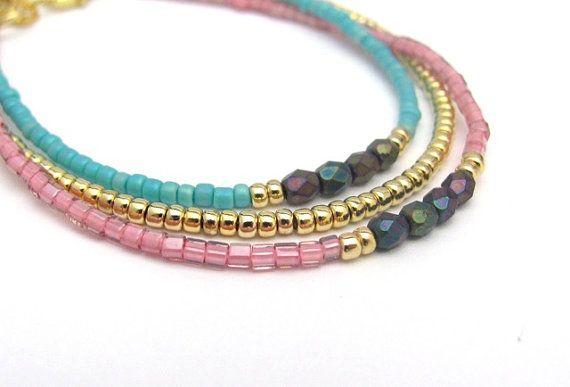 Raspberry armband met Cranberry roze, zaad parel armband, Friendship Bracelet…