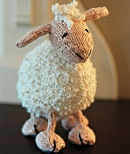 DIY Craft: Lamb-Hand Knit Toy Lamb