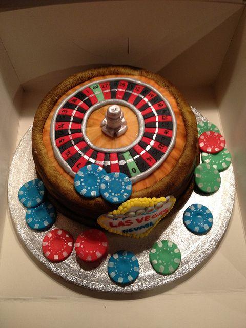 #Vegas #Roulette #Cake https://www.facebook.com/charliecakes