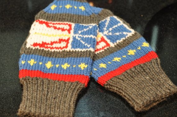 Hand Knit Newfoundland Mittens by HeadtoToeKnits on Etsy, $21.00 I WANT THESE!