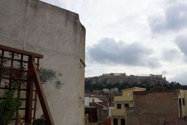 "Acropolis, from the roof of ""Loukoumi"" Post Modern Café @ Monastiraki (Athens, Greece)"