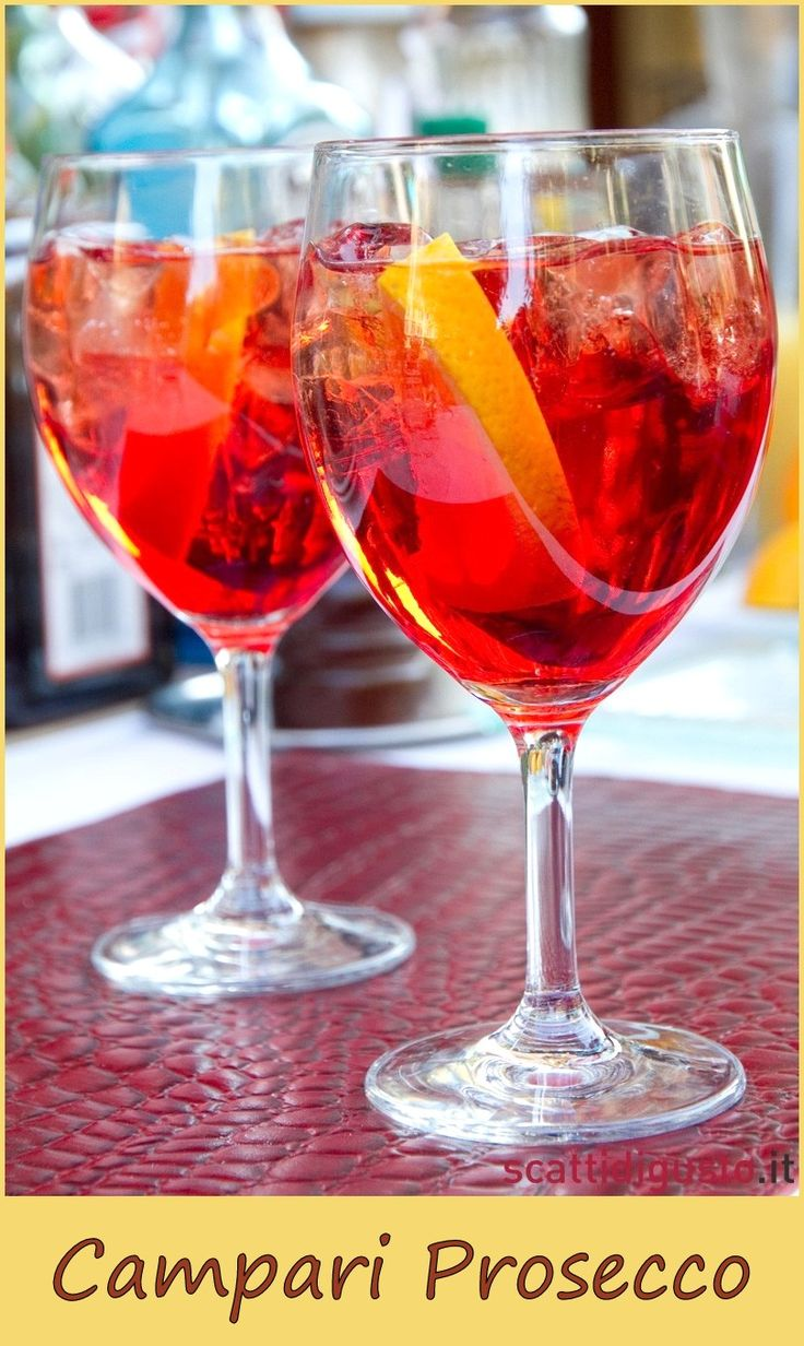 A simple italian aperitif Ingredients 2 oz campari 2 oz prosecco ice cubes orange slice for garnish source: http://www.scattidigusto.it/wp-content/uploads/2011/07/lo-spritz-di-Pino-Mondello-Settembrini.jpg Related