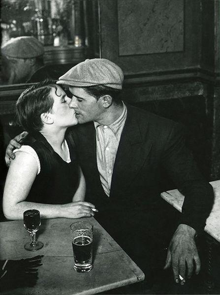 La Parigi di Brassaï in mostra a Milano - Il Post