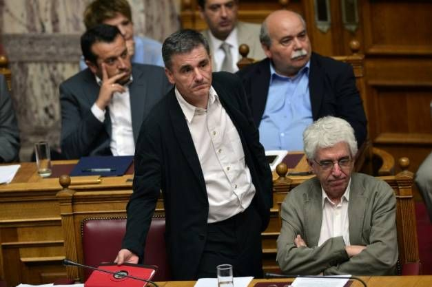 Le ministre des Finances Euclid Tsakalotos lors d'une session du Parlement le 23 juillet 2015 à Athènes
