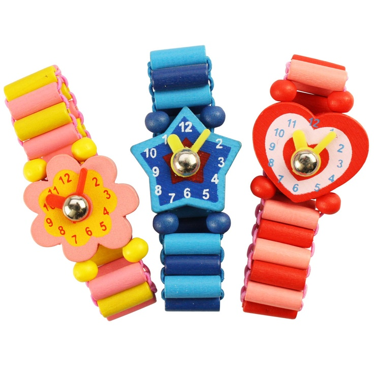 These smart, eye catching watches make the perfect first time piece for children of 3 years +. Available in a variety of bright colours they feature cool stripy straps and funky faces, such as stars, hearts and flowers, and make an ideal gift for young fashionistas!