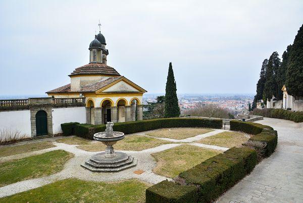 Vista sulla chiesa di S. Giorgio