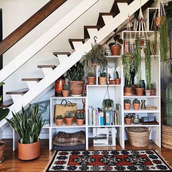 Comment optimiser l'espace sous l'escalier