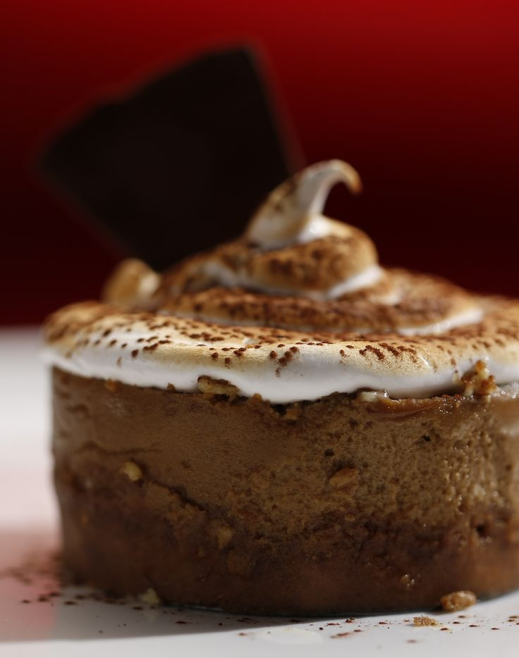 Mick and Matt's cappuccino cheesecake with toasted meringue from season 4 of MKR: http://gustotv.com/recipes/dessert/cappuccino-cheesecake-toasted-meringue/