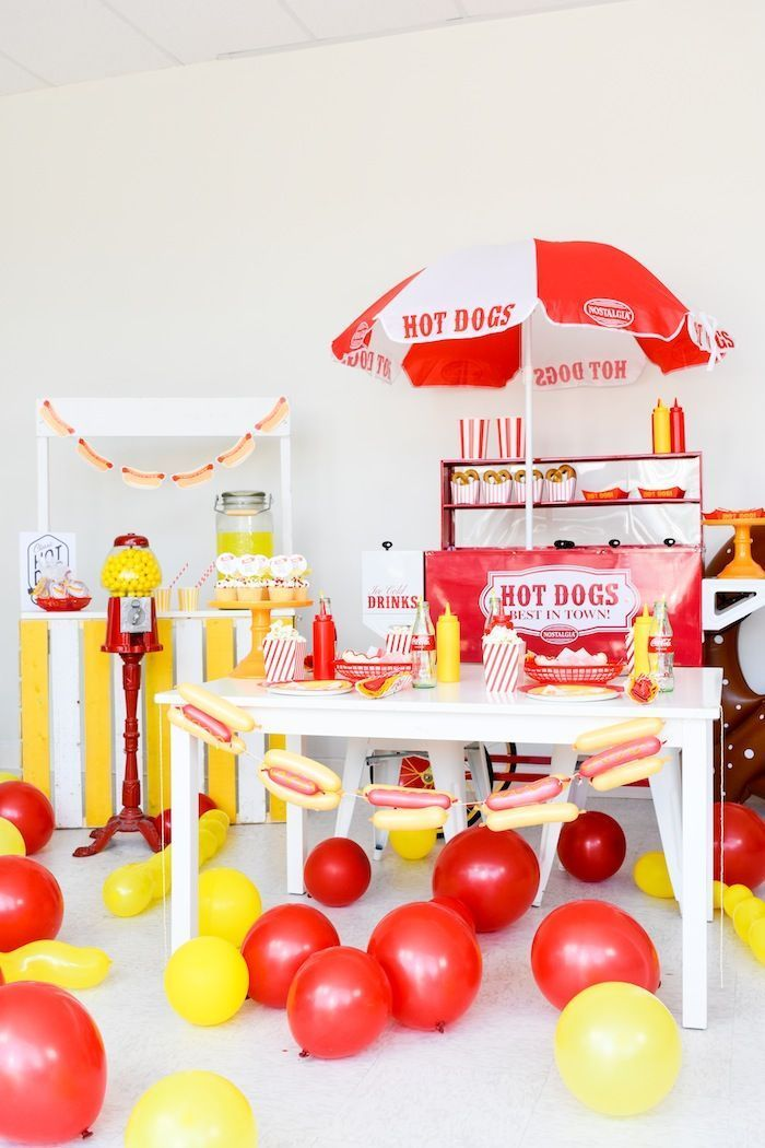 Hot Dog Themed Summer Party- Free Printables | CELEBRATE