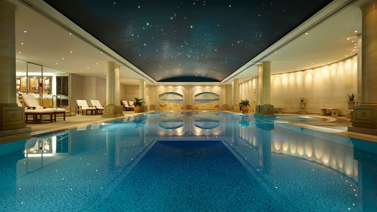 10 Amazing Pools Around The World | Venuelust