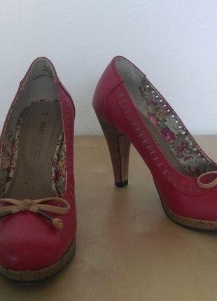 Kaufe meinen Artikel bei #Kleiderkreisel http://www.kleiderkreisel.de/damenschuhe/hohe-schuhe/128887918-marco-tozzi-pumps-rot-grosse-38-neuwertig