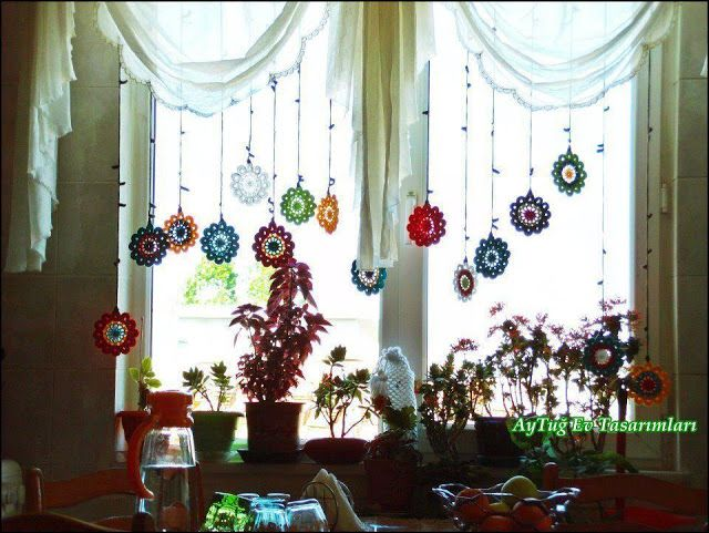 Diary of a slum Almost: Croche curtains