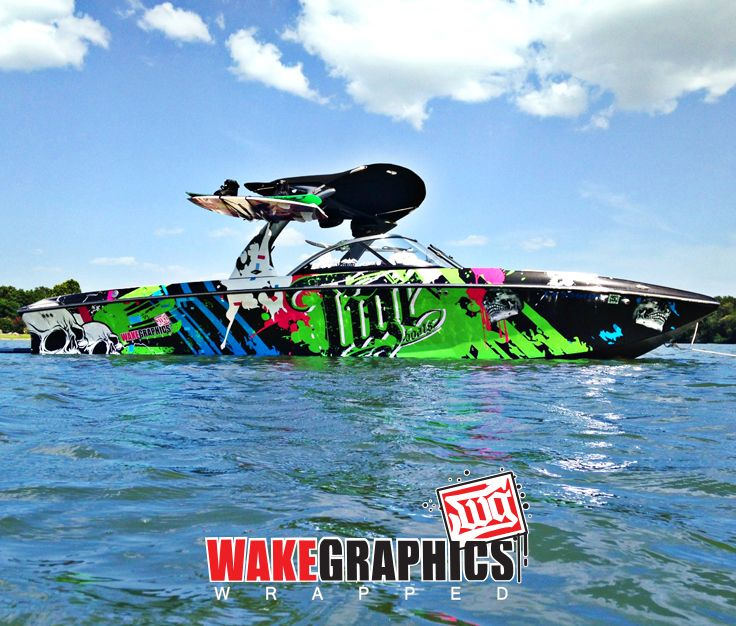 custom boat wrap by  wake graphics  wrapped in 3m 180c