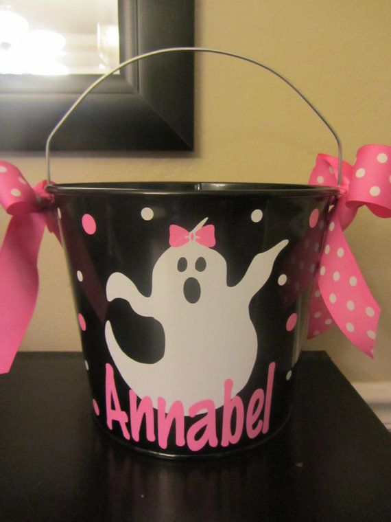 Halloween bucket: Personalized Halloween bucket pail - ghost design - trick or treat on Etsy, $22.00