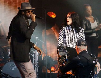 SuperIndyKings: Jessie J & 2 Chainz Perform!