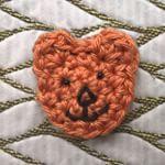 #beertjehaken #beer #beertje #gehaakt #broche #sierspeld #bear #hakenisleuk #kleinedingenhaken #smallthings #handmade #haaksels #crochetlover #crochetaddict #crocheterofinstagram
